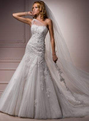 Nice Appliqued Single Shoulder A-line Wedding Dress WM0027