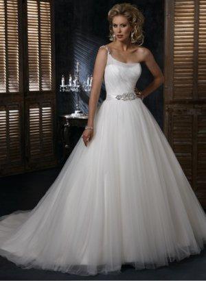 Wedding Dresses/ Wedding Gowns WM0045