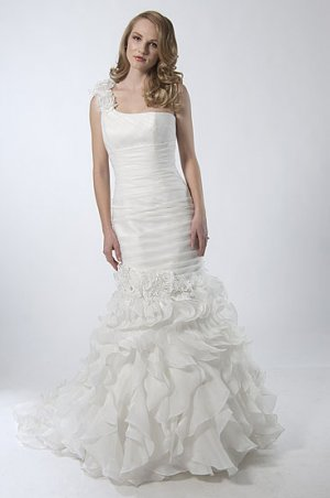 Mermaid One-shoulder Stack-up Wedding Dress AS0025