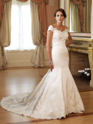 MC0021 Gorgeous Appliqued and Beaded Off-shoulder Mermaid Wedding Dress