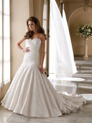 MC1001 Gorgeous Appliqued Sweetheart Strapless Wedding Dress