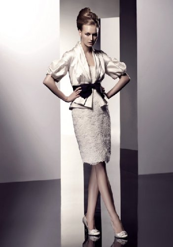 Wedding Dresses/ Wedding Gowns -- Stunning Short Bridal Gown VA0005
