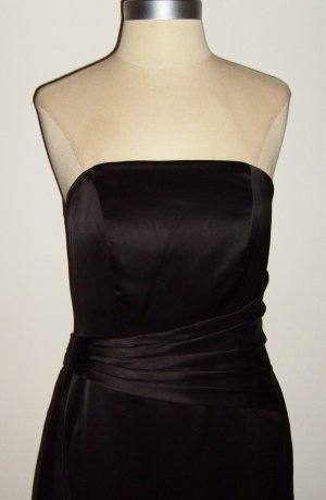 BELSOIE Black Strapless Gown: Size 4