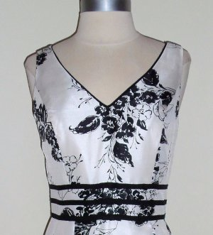 Dressbarn Black and white Floral Print Dress Size 6