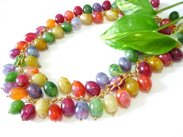 free shipping~ Flourish Grapes colorful NECKLACE 20 inches NB1042