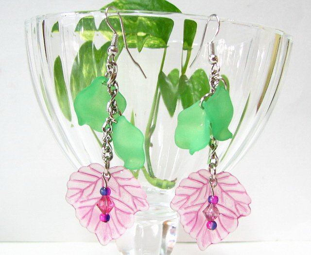 E1012 Impression of Flower-Pea Floral Earrings 7cm