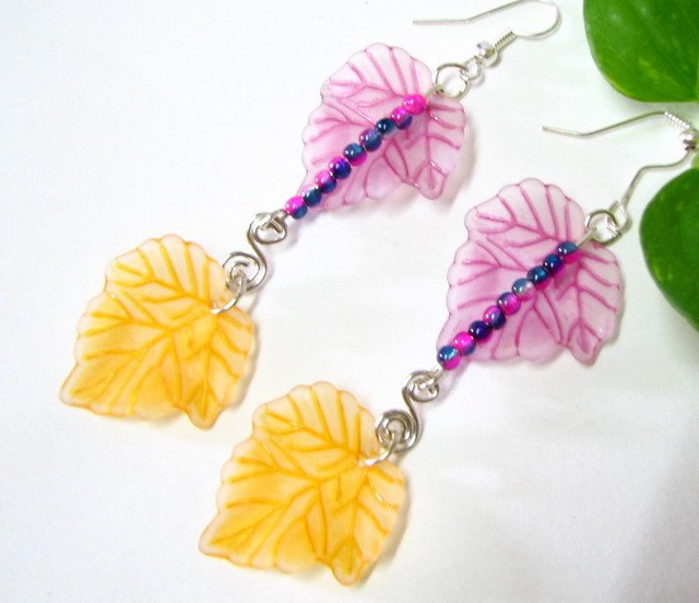 E1024 Beautiful Wisteria Floral Dangle Earrings 7cm