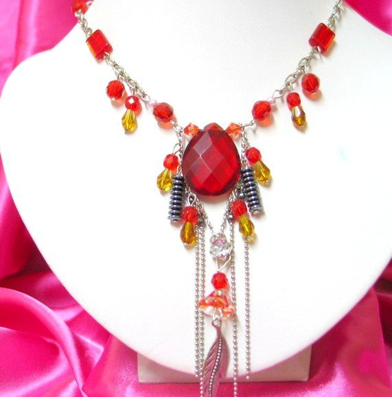 *FREE SHIPPING*NB223 CHARMING RED GLASS & BEADS PENDANT DANGLE NECKLACE 18inches