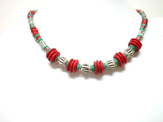 *FREE SHIPPING*NA1007 ETHNIC JEWELRY YAK BONE RED NECKLACE 18 in.