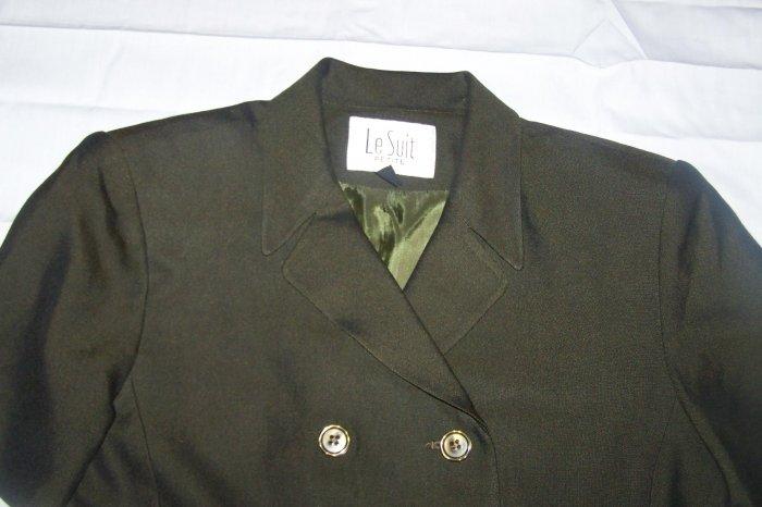Like New 2 piece suit by Le Suit- size 4p - $5.25 - Unique Thrift - (SL)