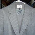 Le Suit 2 piece suit for Ladies - size 12P - (CL)