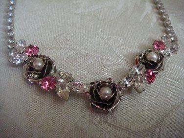 Estate Newer Unsigned Clear & Pink Rhinestone Rose Necklace with Faux Pearls