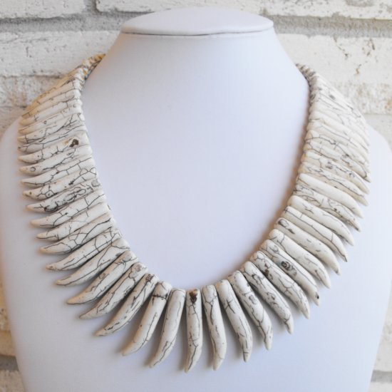 White Curved Teeth Necklace