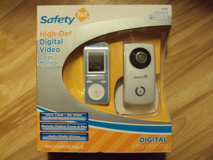 NEW Safety 1st High-Def Digital Video Color Monitor (Sealed)