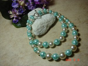 aqua & white faux pear pet necklace size 8