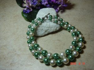 sage green & white faux pearl pet necklace size 8