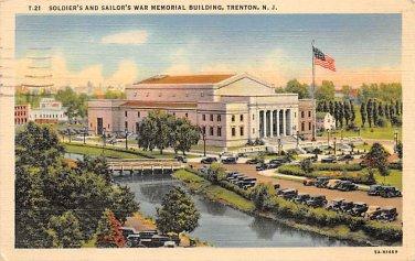 Trenton, NJ Postcard - War Memorial Soldier's Sailors 1945 (A509)