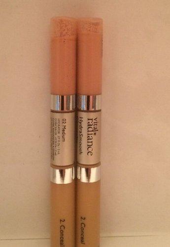 2 Revlon Vital Radiance HydraSmooth  Concealer medium 02