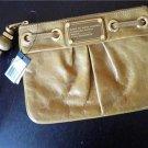 NWT MARC BY MARC JACOBS Q Leather Wristlet Handbag