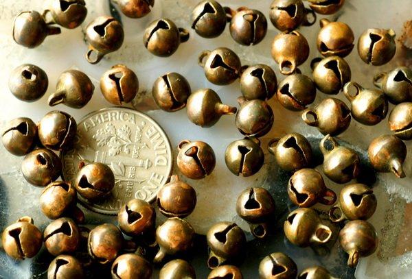 50 Brass Oxidized Jingle Bells Charm Drop Beads Patina 8x6mm b33a