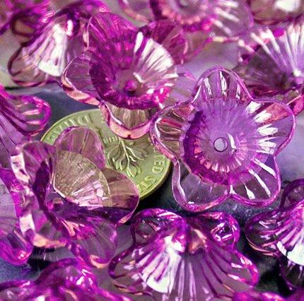 24 Nice Translucent Purple Trumpet Flower Beads p157p