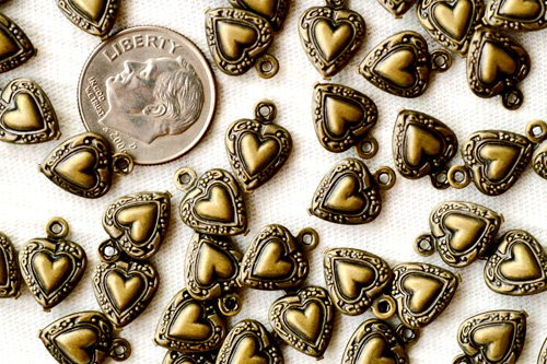 40 Antique Bronze Filigree Heart Charms Pendant b12b