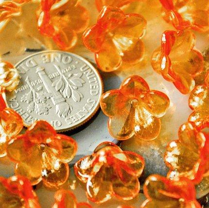 40pcs Acrylic Transparent Orange Lily Flower Beads 12mm p151e