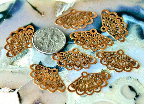 30pcs Antique Copper Plated Brass Filigree Wrap Charm Pendant be35d