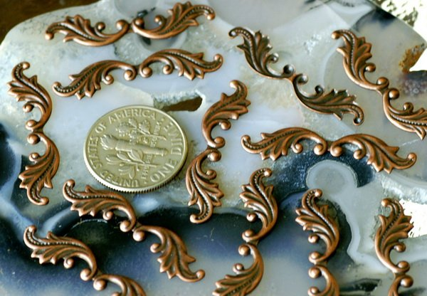 30pcs Antique Copper Brass Stamping Filigree Leaf Shaped Finding 30mm bp22d