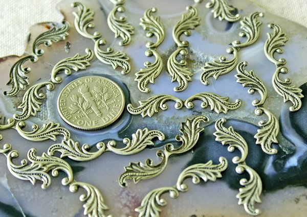 30pcs Sterling Silver Plated Brass Filigree Leaf Shaped Finding 30mm bp22s