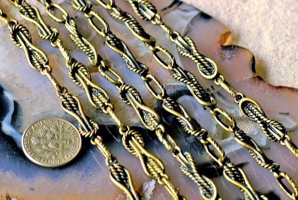 Fancy Antique Bronze Plated Metal Chain j24c