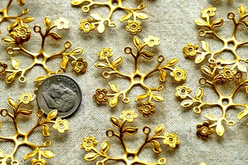 6pcs Large Raw Brass Stamping Filigree Wrap Flowers Finding 38mm bf24