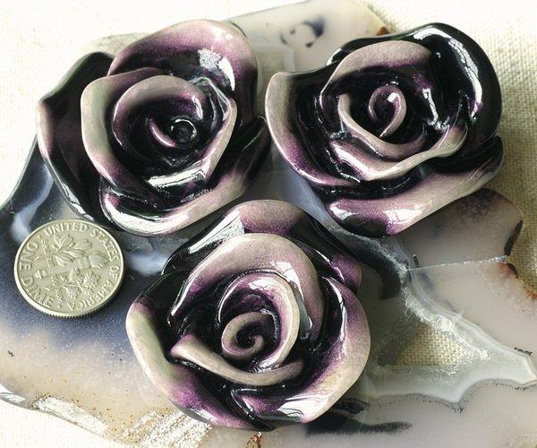 4pcs Wholesale Black Acrylic Flower Cabochon Dichroic p215bl