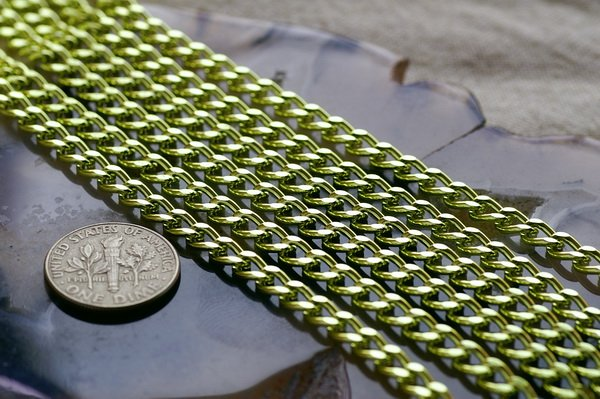 Light Olive Green Aluminum Curb Link Chains c160 (8ft)