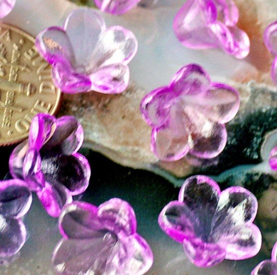40 Acrylic Translucent Purple Lily Flower Beads 12mm p151p