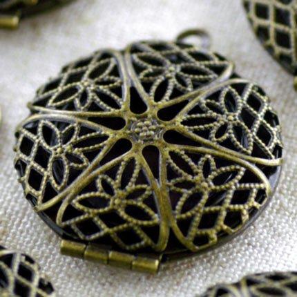 2pcs Antique Bronze Brass Filigree Locket Charm Pendant b16b