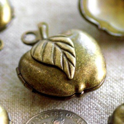 Antique Bronze Plated Brass Apple Lockets Filigree b77b (2pcs)