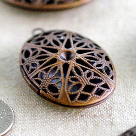 2pcs Antique Copper Plated Oval Filigree Locket Charm Pendant b79d