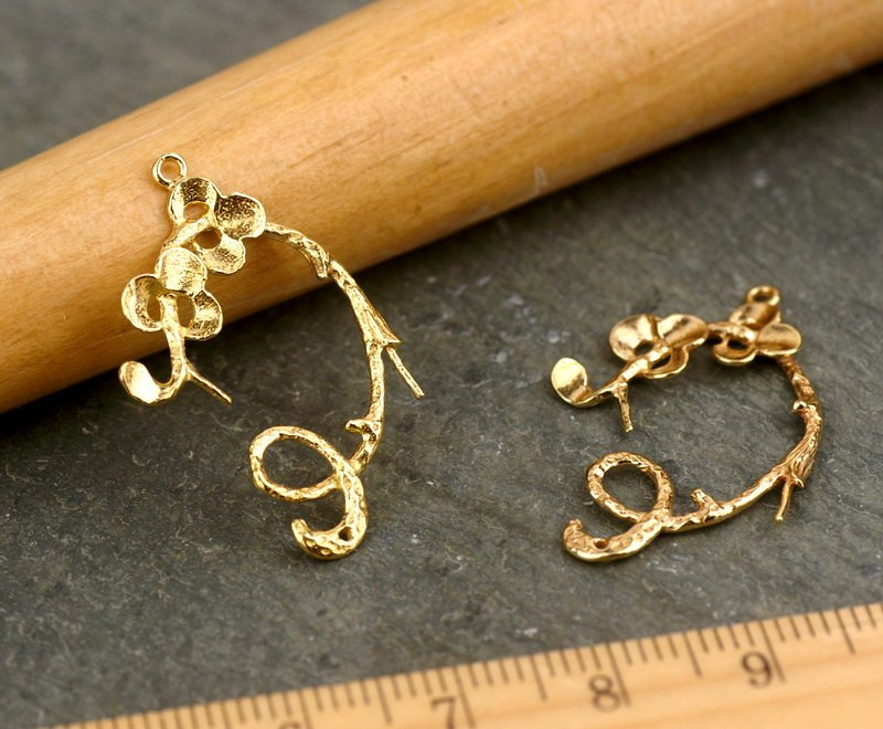 Raw Brass Branch,Leaf and Flower Earing Finding Beading be41 2pcs