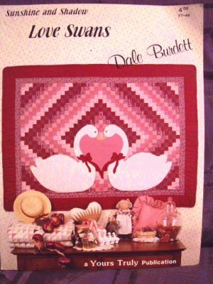 Love Swans Wall Quilt Pattern  Really Pretty! - FREE SHIPPING!