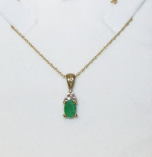EMERALD PENDANT 6 X 4 MM OVAL EMERALD SET IN 10K YG WITH DIAMOND ACCENT NEW