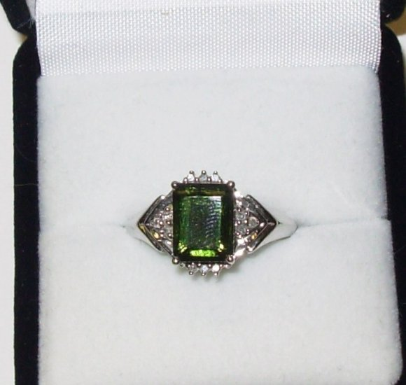 RING MOLDAVITE AND DIAMOND SET IN 10K WHITE GOLD SIZE 7 NEW