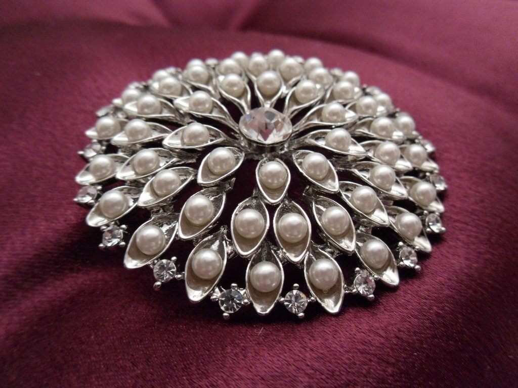 Large Chrysanthemum Brooch Costume Jewelry