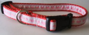 S:Red nylon collar with Pink Hearts on White background