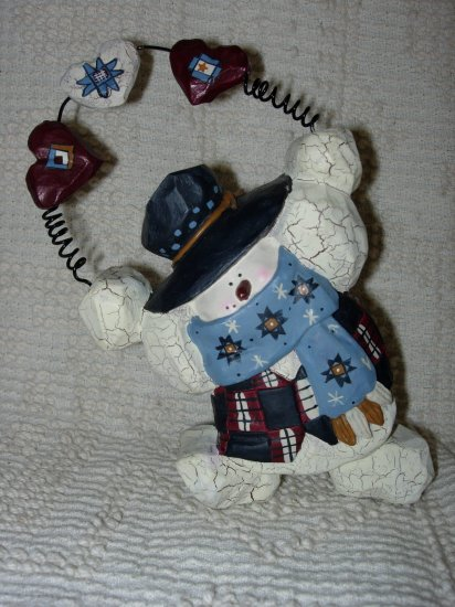 Crackle Snowman with Country Hearts