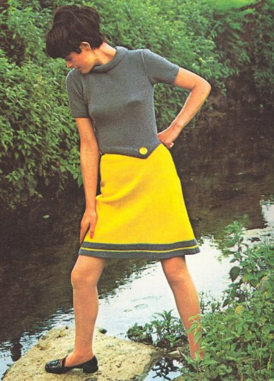 Vintage Knit Contrasting Colored two-piece Dress ~ Misses Sizes ~ 1972