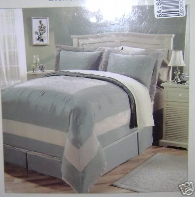 8 PCS CORONA EMBROIDERED COMPLETE BED ENSEMBLE QUEEN