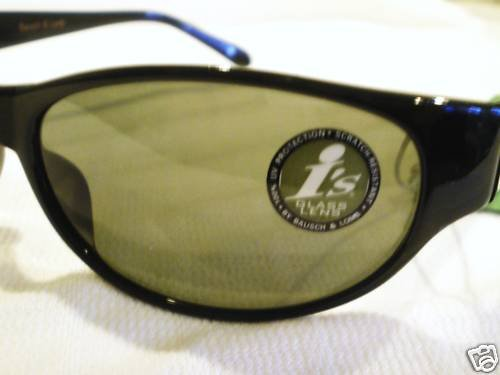 VINTAGE I's SUNGLASSES BY BAUSCH & LOMB GLASS BLACK