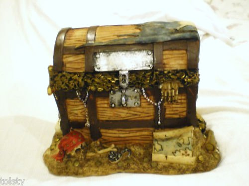 PIRATES Treasure Chest Coin  Bank Money + AWESOM  BONUS