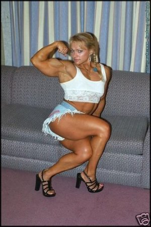 Female Bodybuilder Tami Wooden RM-111 DVD
